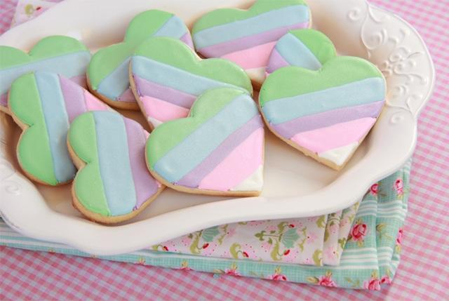 Galletas corazón arcoiris