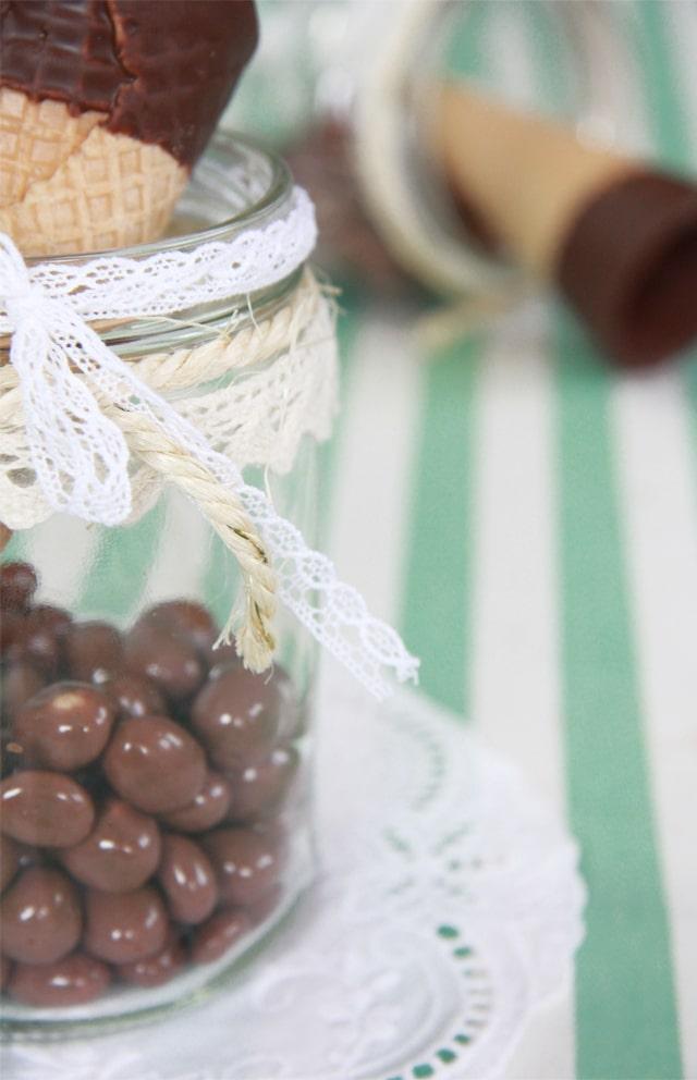 Helado de chocolate y cacahuete