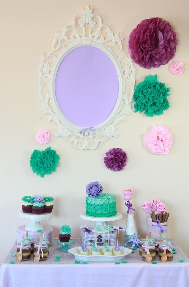 mesa dulce cumpleaños violeta verde agua