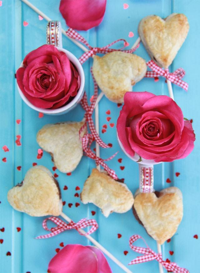 Piruletas fáciles de nutella y cacahuete