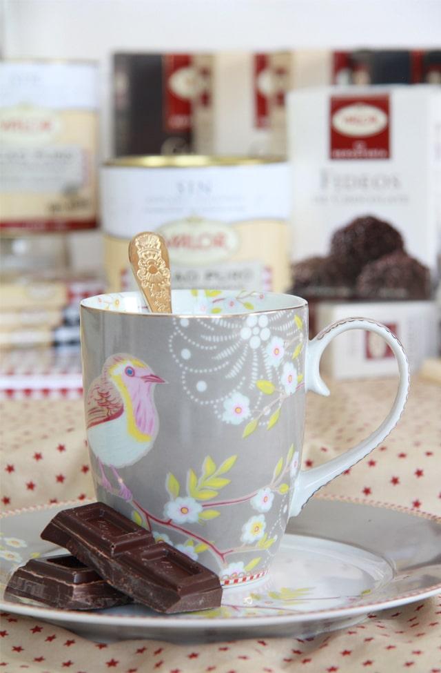 Sorteo: Lote de Chocolates Valor + taza y plato de PiP Studio